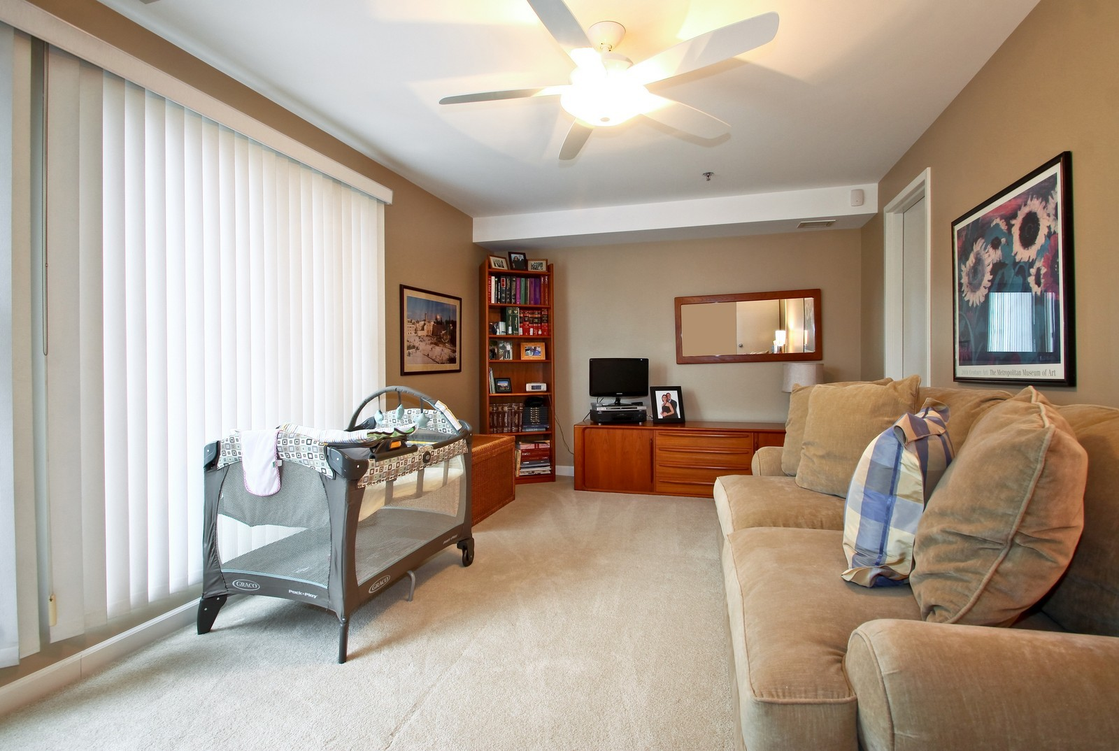 Real Estate Photography - 7070 Arbor Ln, Northfield, IL, 60093 - Bedroom