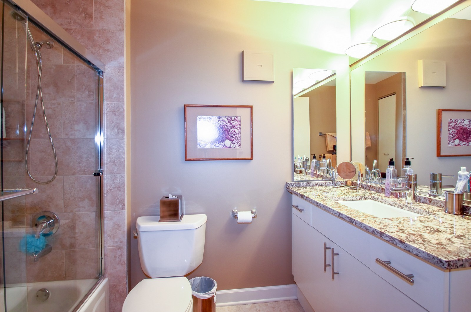 Real Estate Photography - 7070 Arbor Ln, Northfield, IL, 60093 - Bathroom