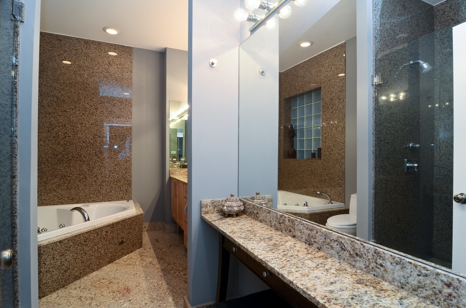 Real Estate Photography - 1856 W Armitage, Unit 1, Chicago, IL, 60622 - Master Bathroom