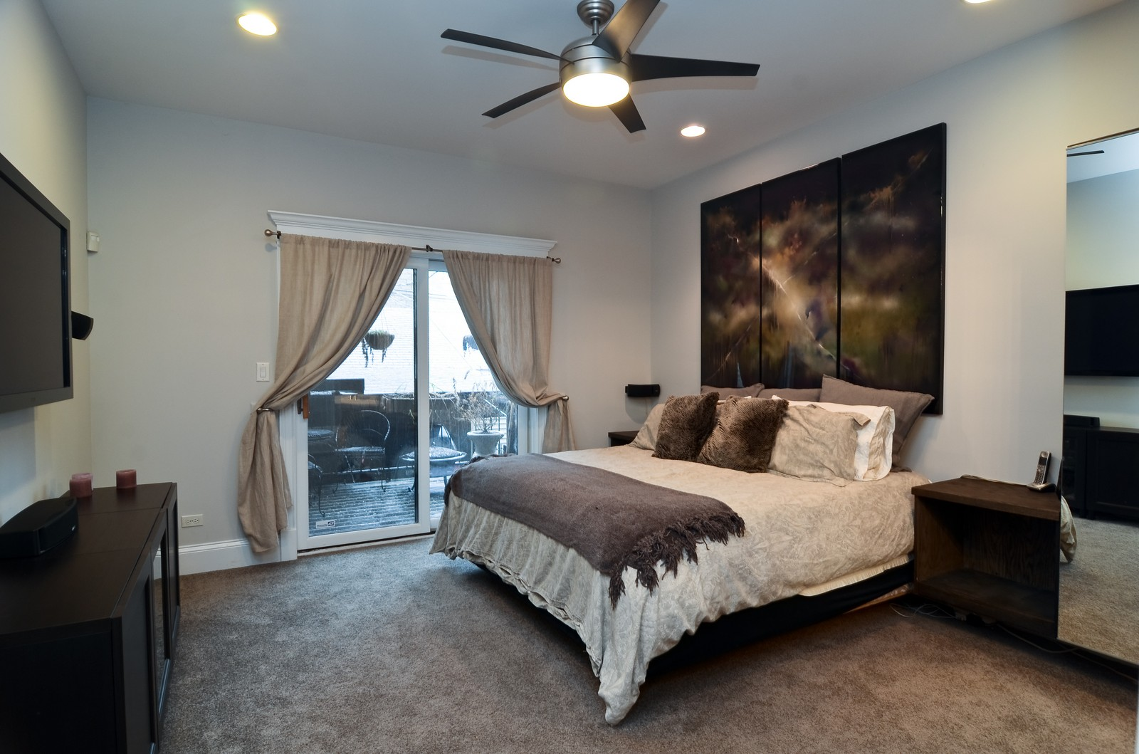 Real Estate Photography - 1856 W Armitage, Unit 1, Chicago, IL, 60622 - Master Bedroom