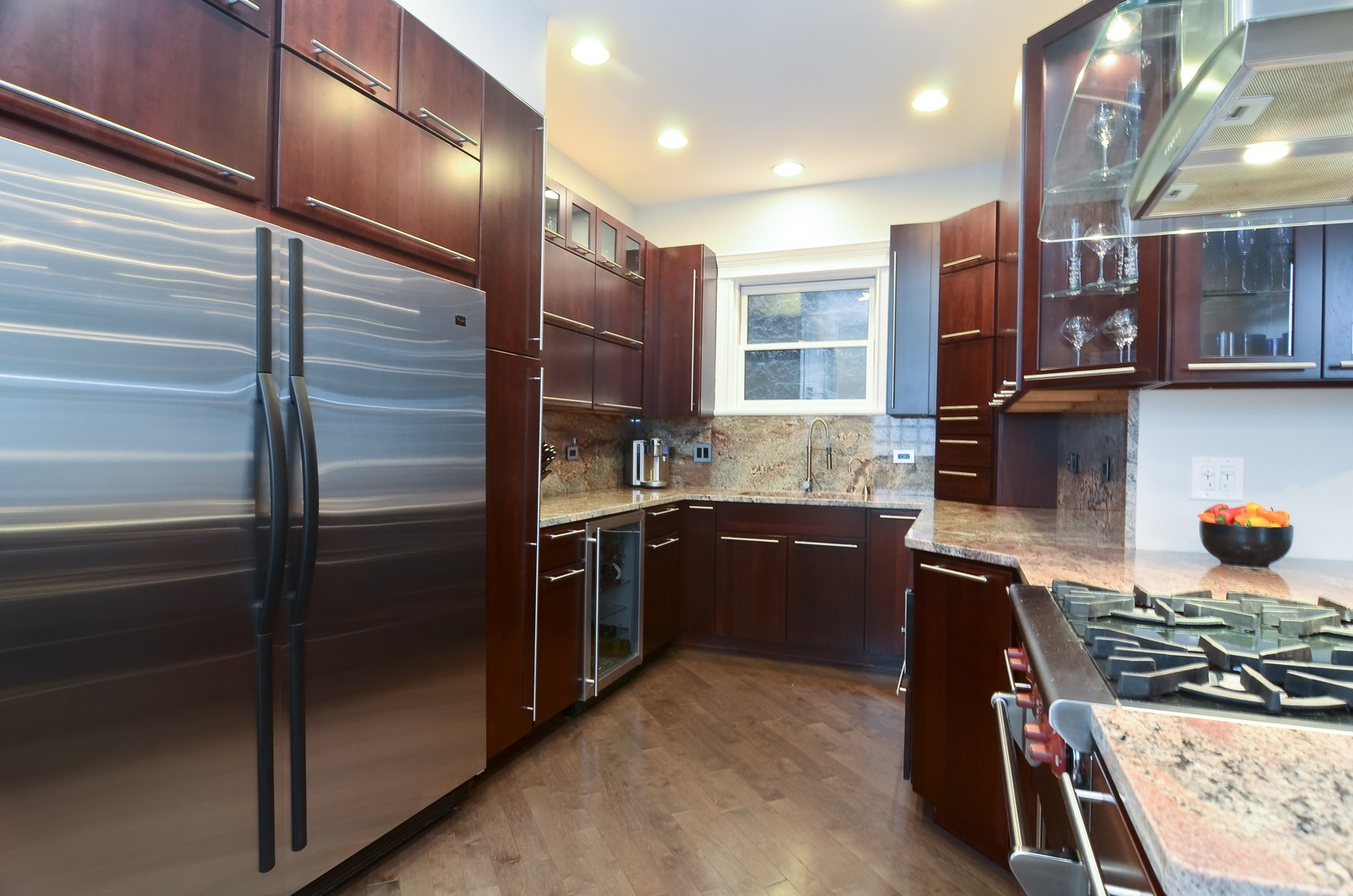 Real Estate Photography - 1856 W Armitage, Unit 1, Chicago, IL, 60622 - Kitchen