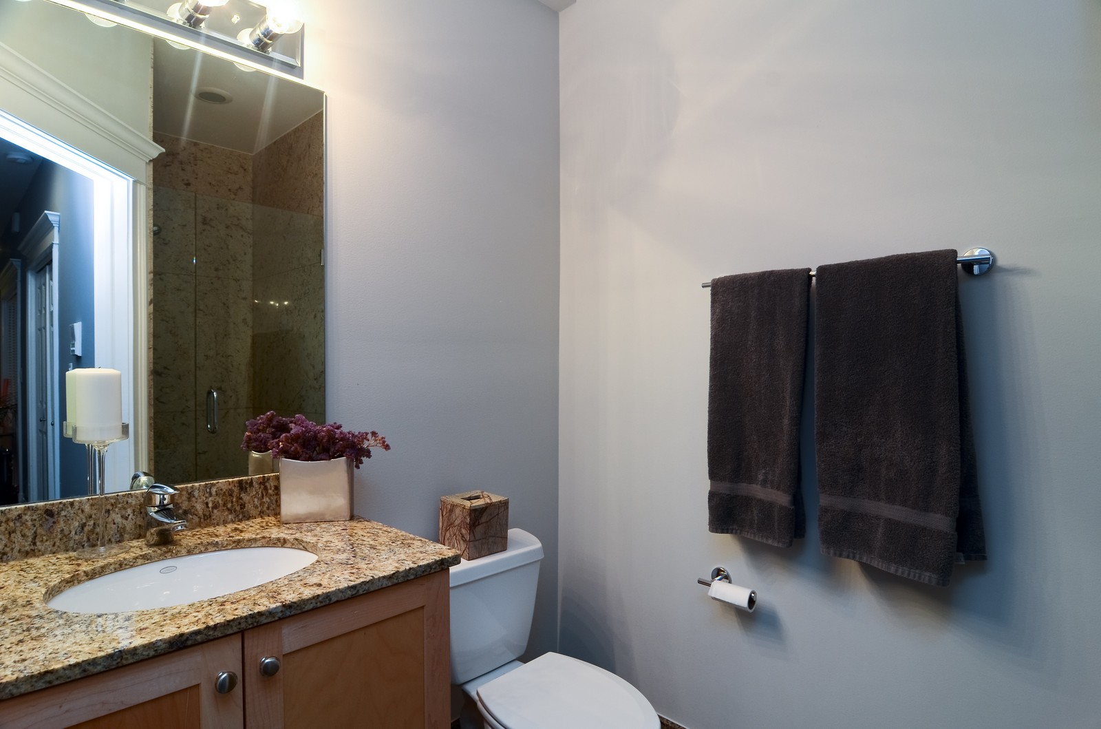 Real Estate Photography - 1856 W Armitage, Unit 1, Chicago, IL, 60622 - Bathroom