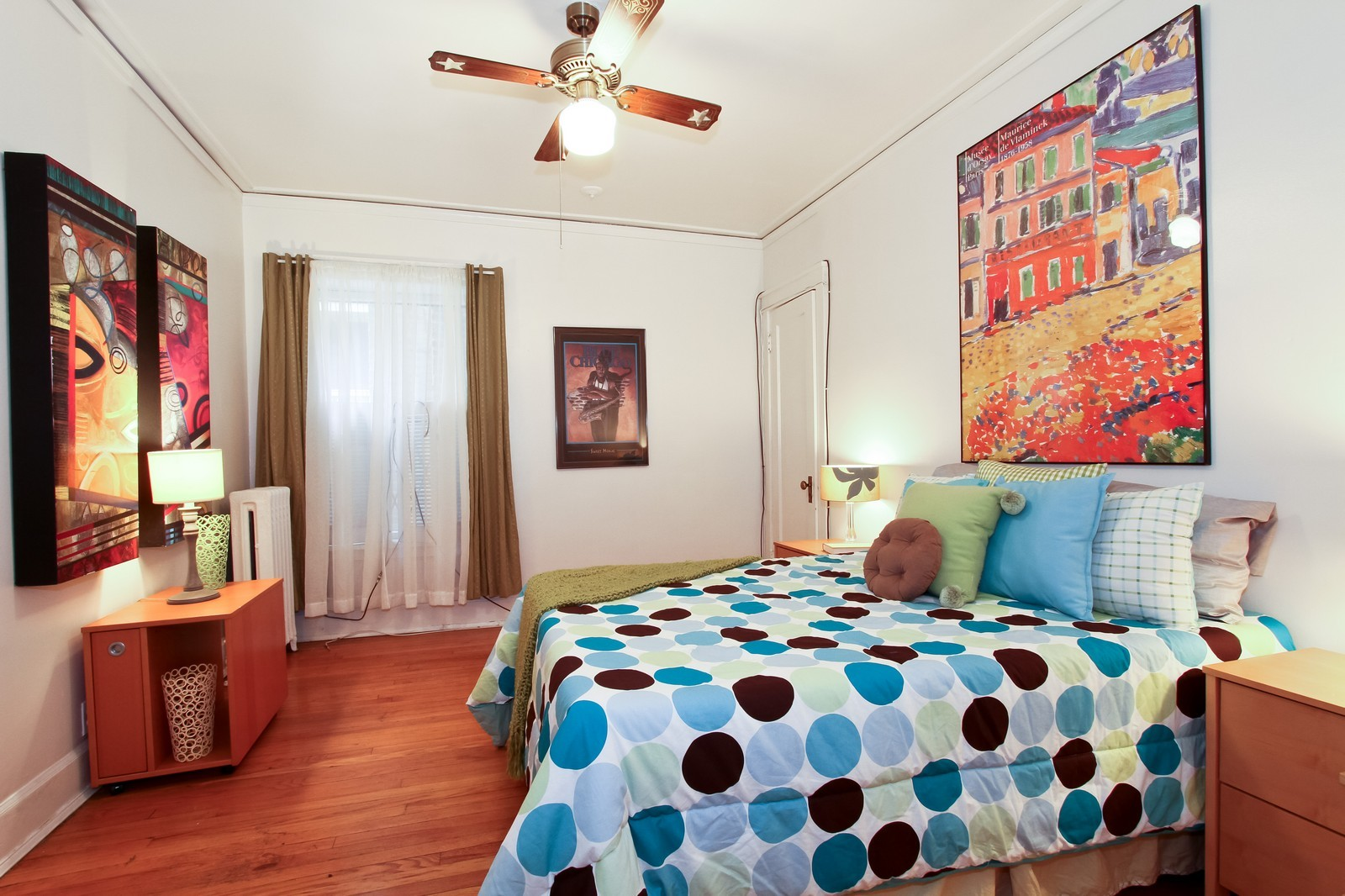 Real Estate Photography - 1648 E 54th St, Chicago, IL, 60615 - 2nd Bedroom