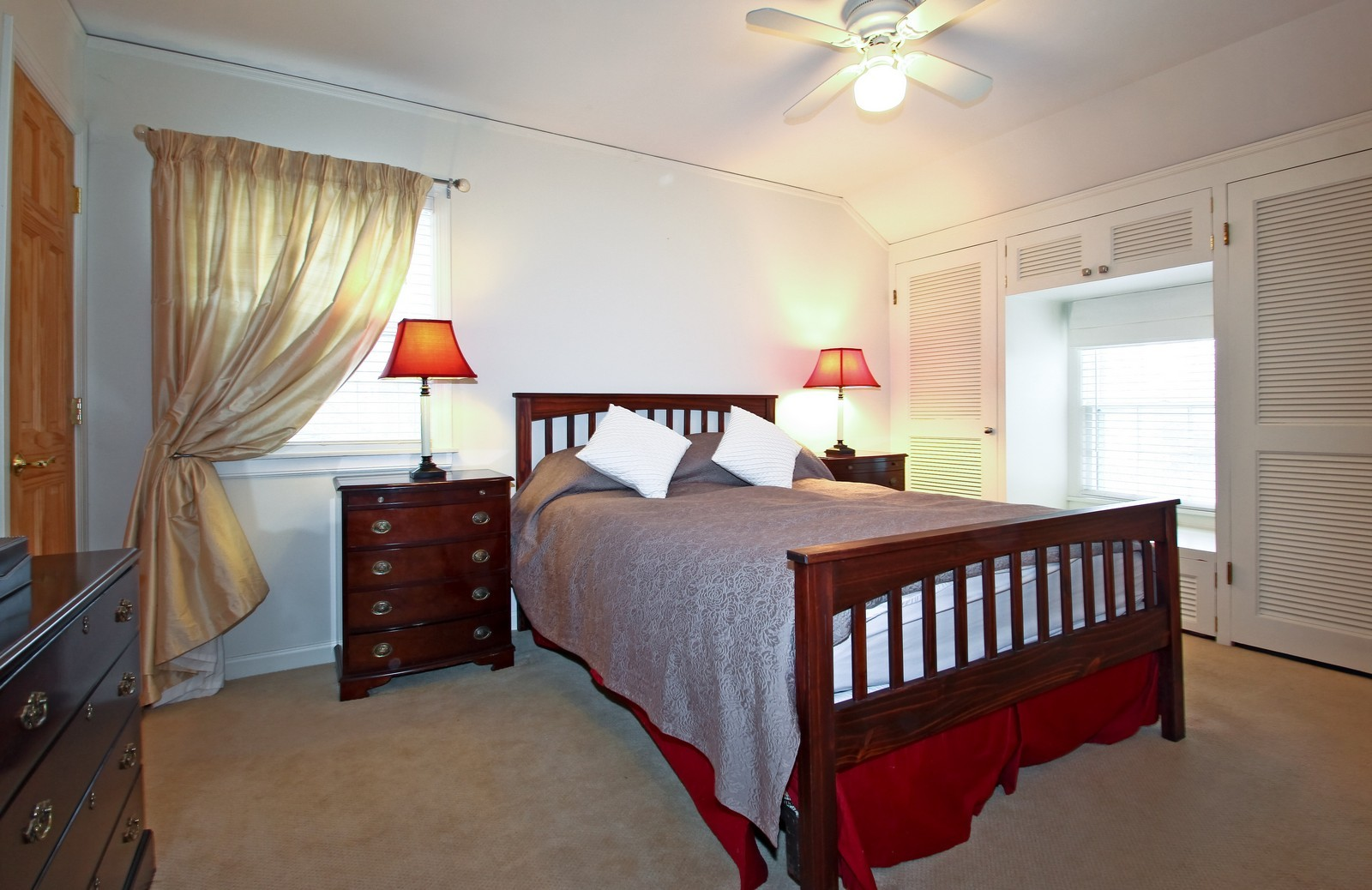 Real Estate Photography - 2515 Lake Ave, Wilmette, IL, 60091 - Master Bedroom