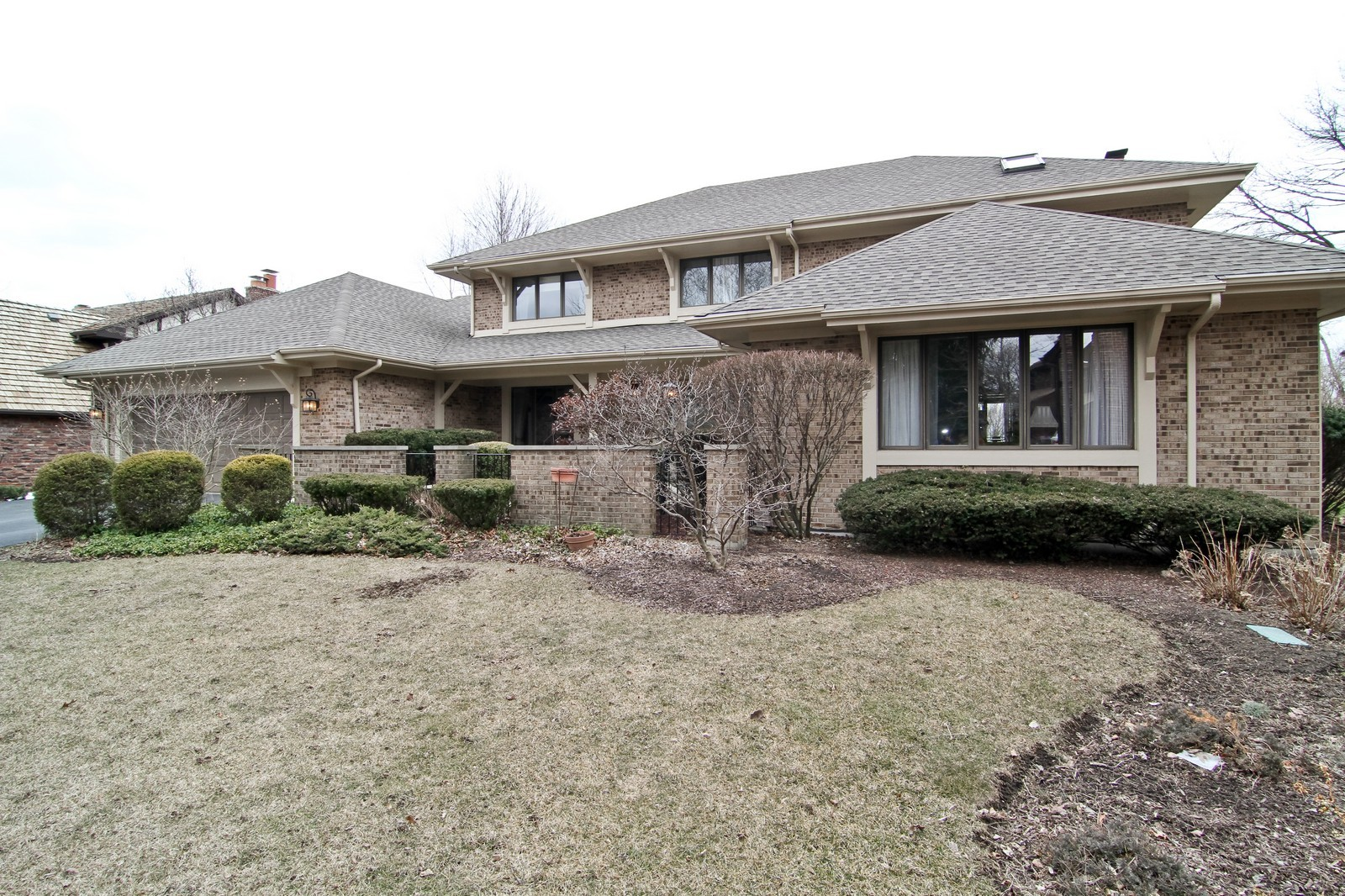 Real Estate Photography - 11554 Ridgewood Lane, Burr Ridge, IL, 60527 - Front View