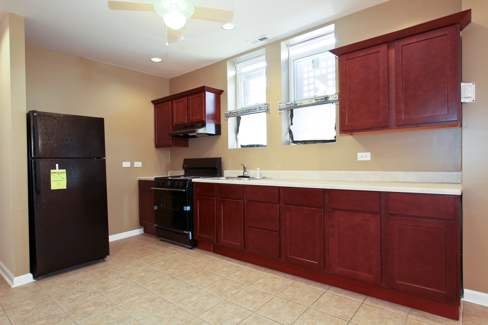 Real Estate Photography - 449 W 61st St, Chicago, IL, 60621 - Kitchen