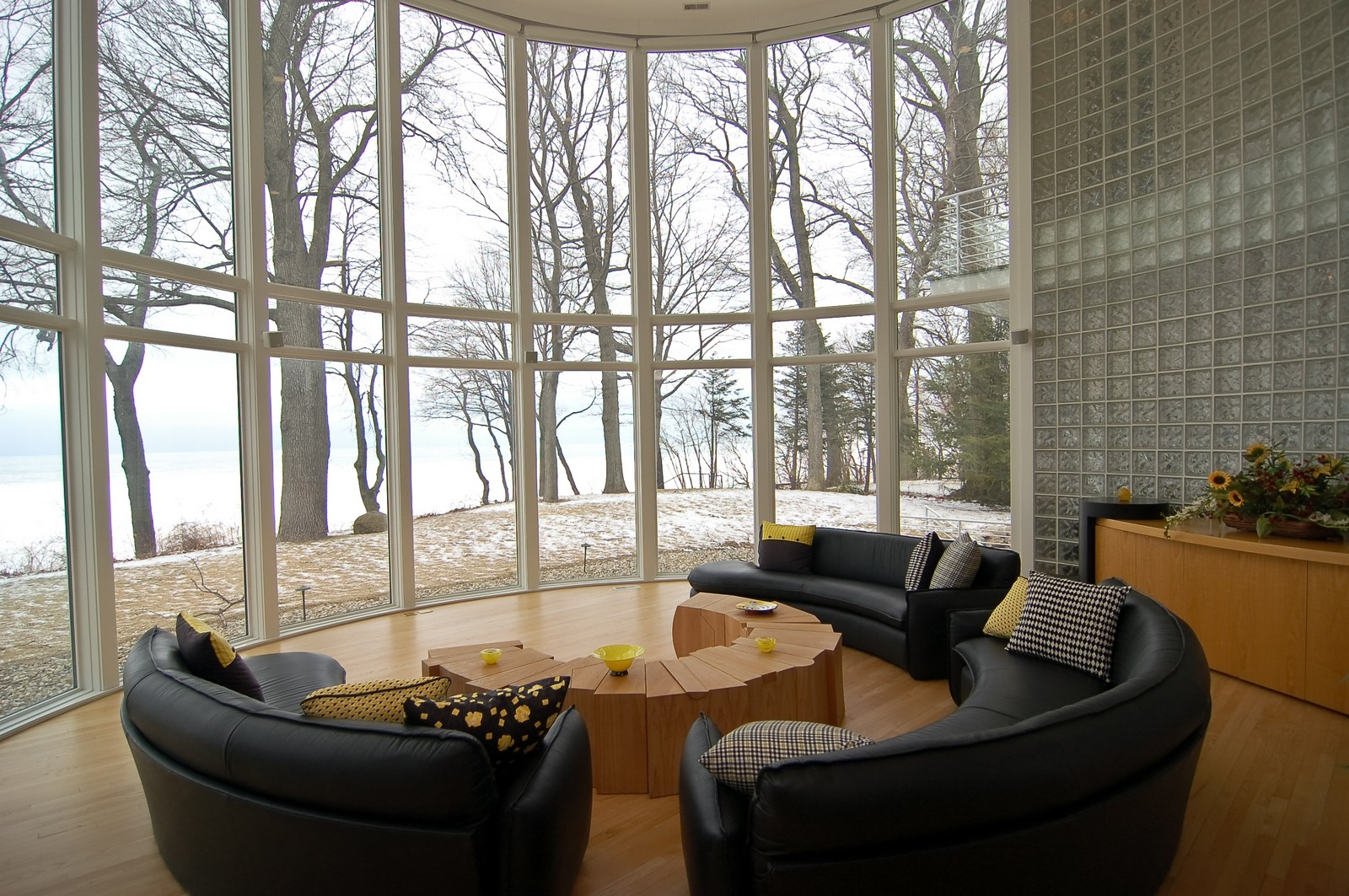 Real Estate Photography - 15930 Lake Ave, Union Pier, MI, 49129 - Living Room