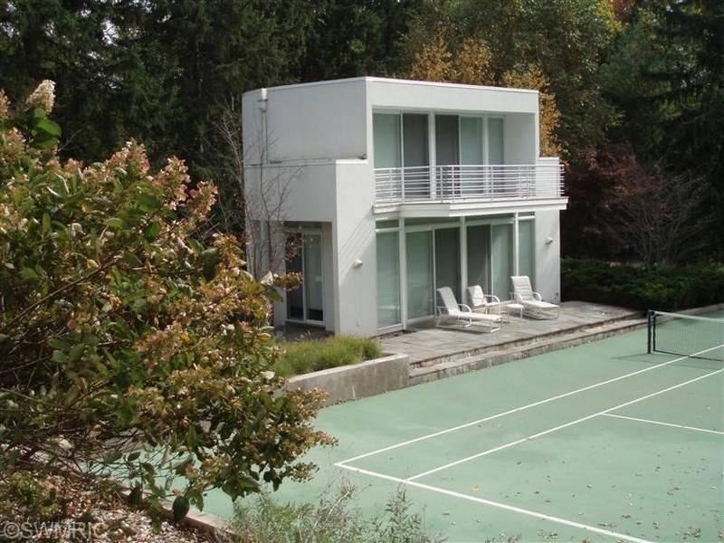 Real Estate Photography - 15930 Lake Ave, Union Pier, MI, 49129 - Location 10