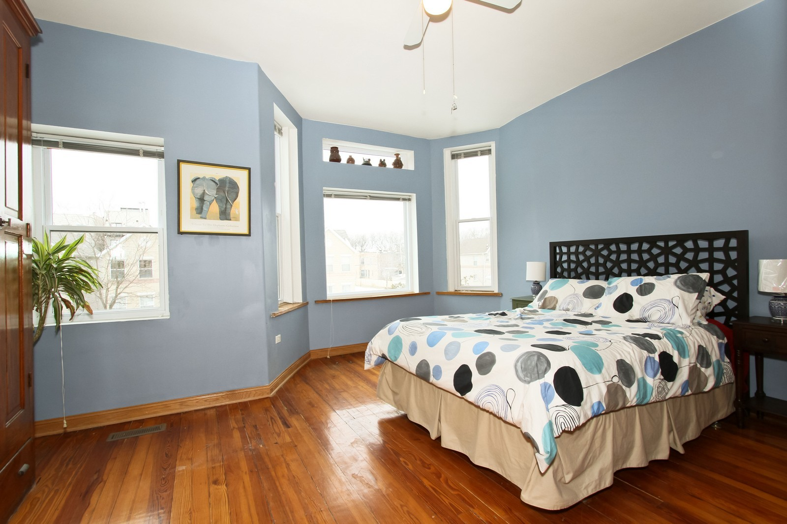 Real Estate Photography - 4805 S Langley, Chicago, IL, 60615 - Master Bedroom
