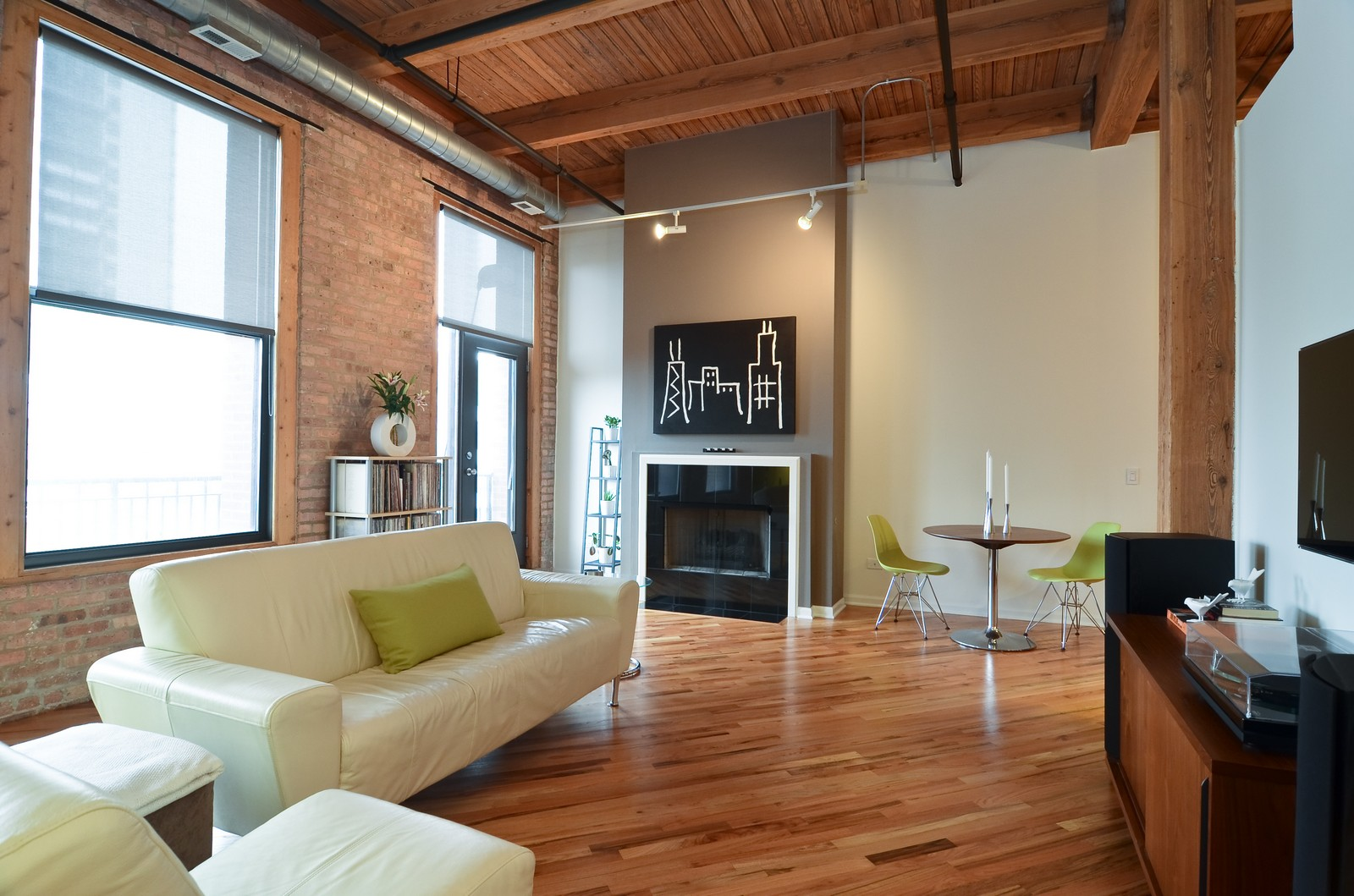 Real Estate Photography - 616 W Fulton, Unit 409, Chicago, IL, 60661 - Living Room