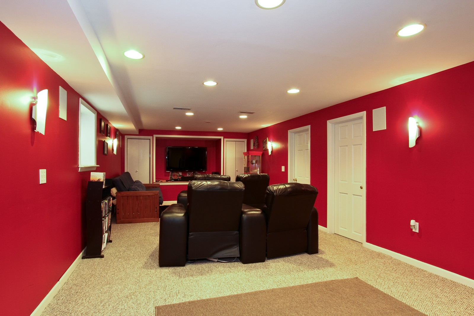 Real Estate Photography - 9209 S Claremont, Chicago, IL, 60643 - Media Room