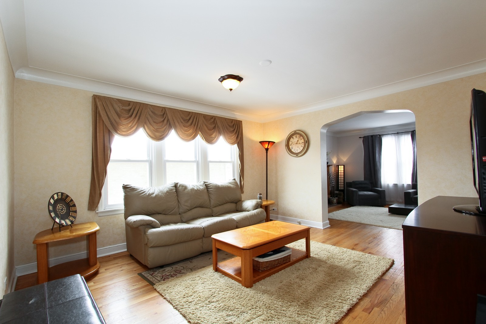 Real Estate Photography - 9209 S Claremont, Chicago, IL, 60643 - Family Room