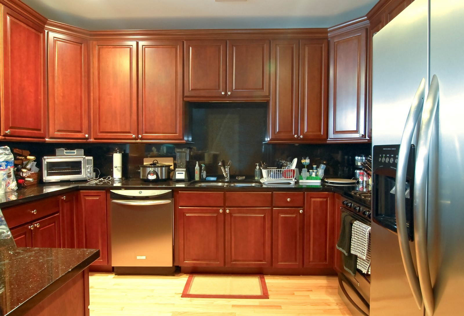 Real Estate Photography - 454 N Aberdeen St, Unit GN, Chicago, IL, 60622 - Kitchen