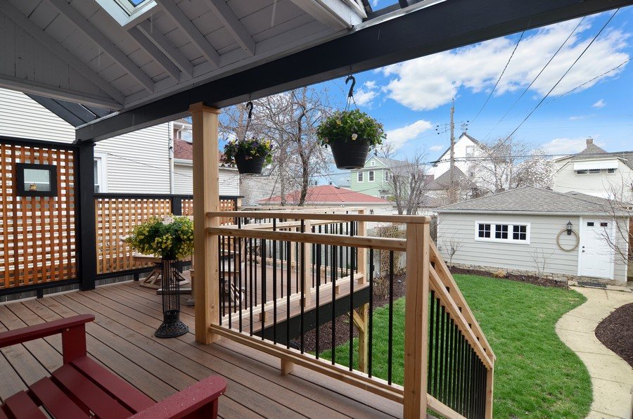 Real Estate Photography - 2519 N St. Louis, Chicago, IL, 60647 - Porch