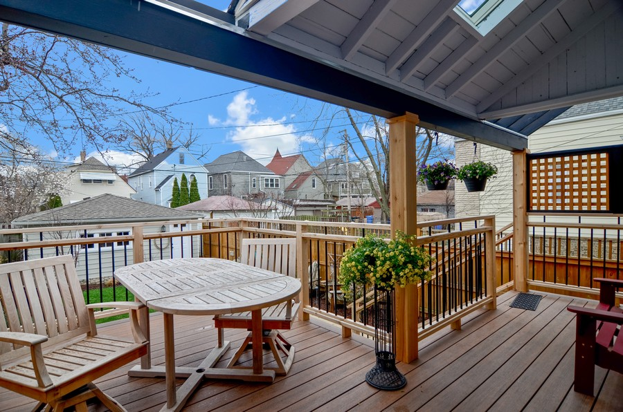 Real Estate Photography - 2519 N St. Louis, Chicago, IL, 60647 - Deck