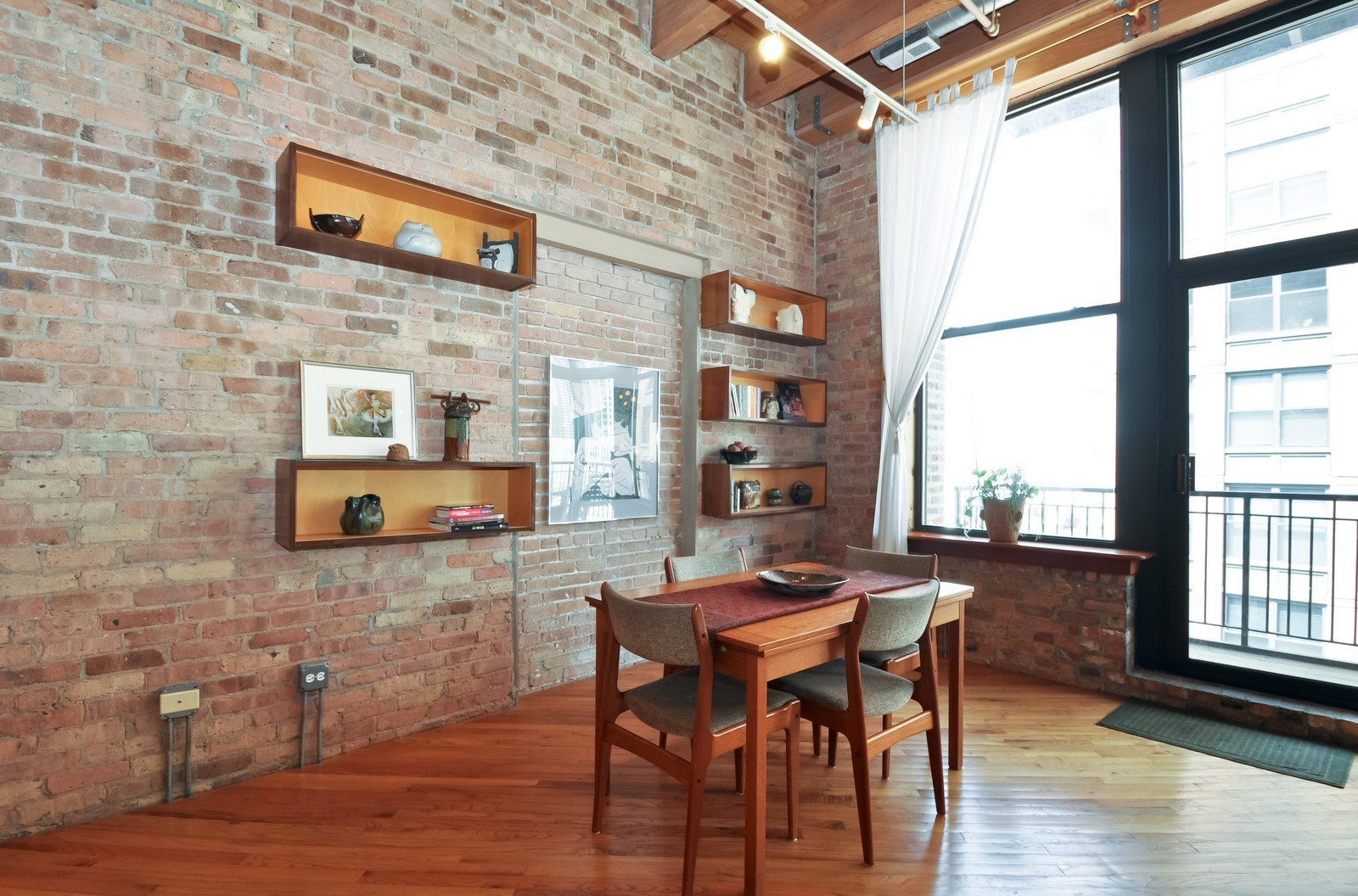 Real Estate Photography - 616 W Fulton, Unit 506, Chicago, IL, 60661 - Dining Room
