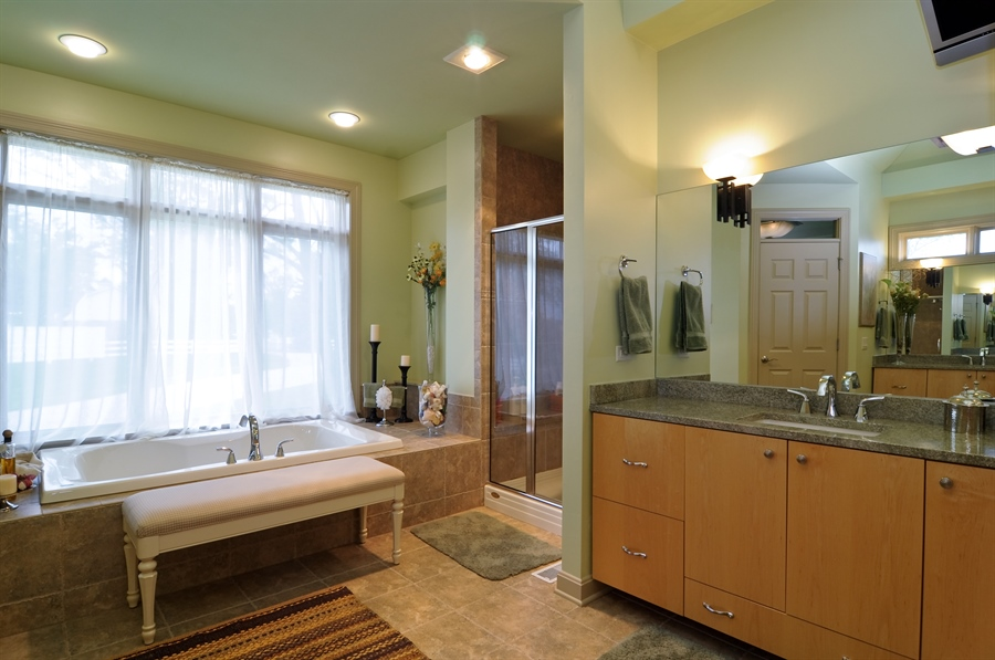 Real Estate Photography - 205 Honey Lake Court, North Barrington, IL, 60010 - Master Bath