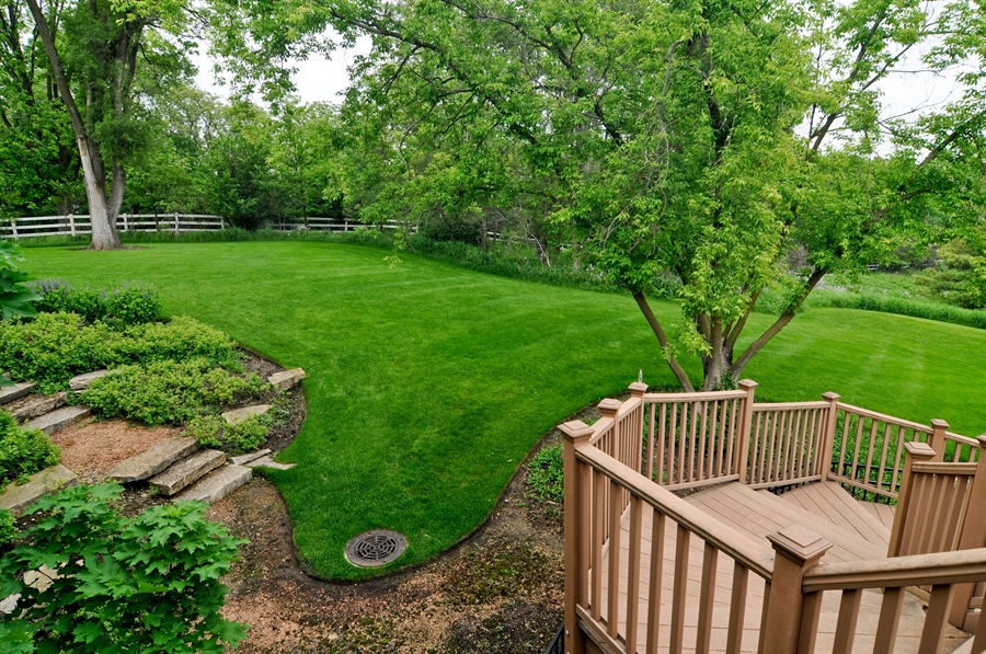 Real Estate Photography - 205 Honey Lake Court, North Barrington, IL, 60010 - Side Yard