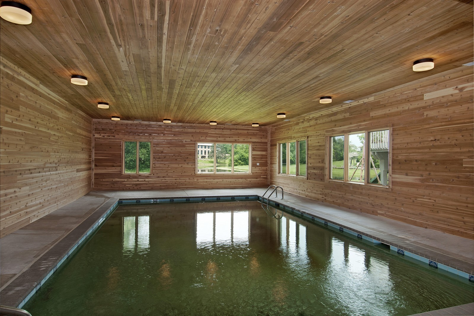Real Estate Photography - 700 Dunbarton, Inverness, IL, 60010 - Pool