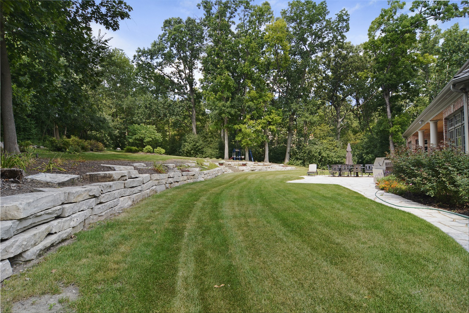Real Estate Photography - 506 Wexford Ct, St Charles, IL, 60175 - Back Yard