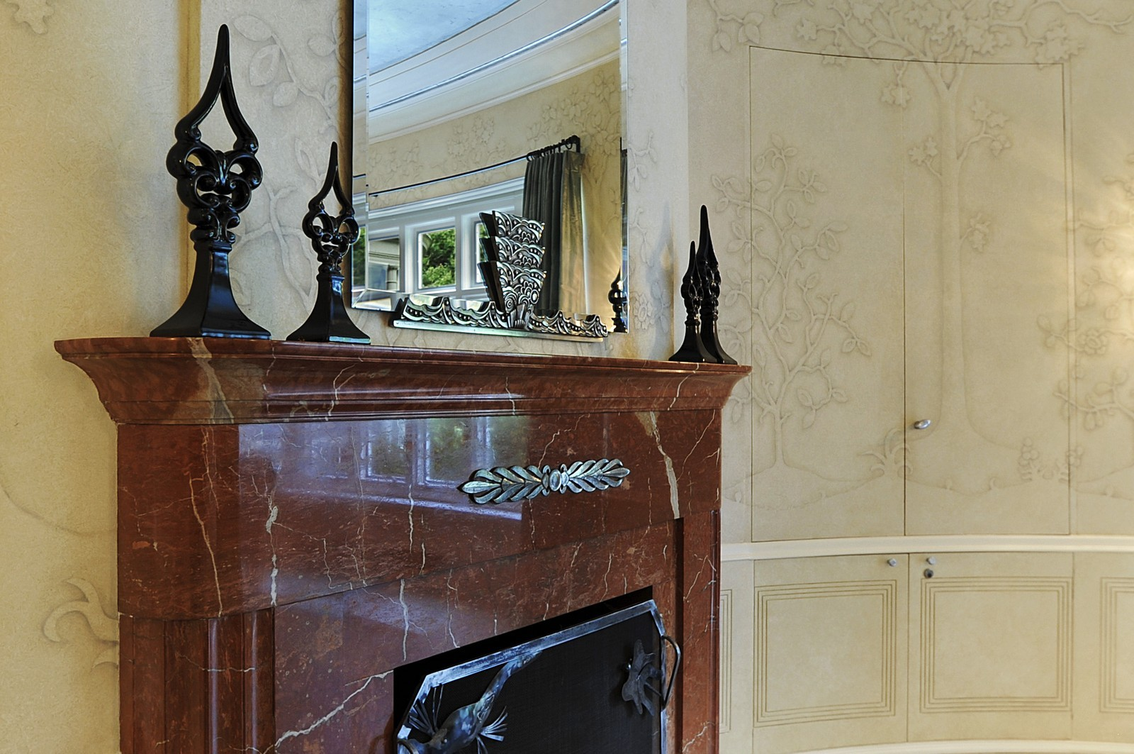 Real Estate Photography - 443 Sheridan Rd, Glencoe, IL, 60022 - Dining Room Fireplace Detail