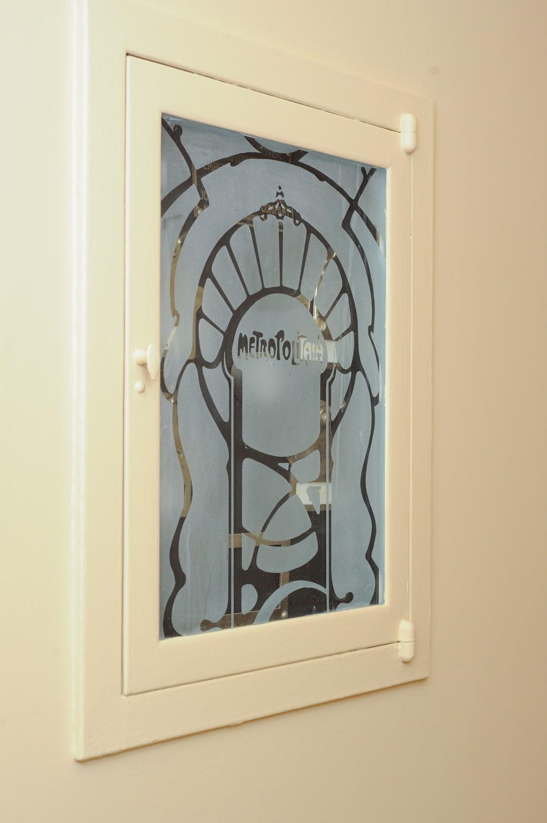 Real Estate Photography - 443 Sheridan Rd, Glencoe, IL, 60022 - Original Thermostat