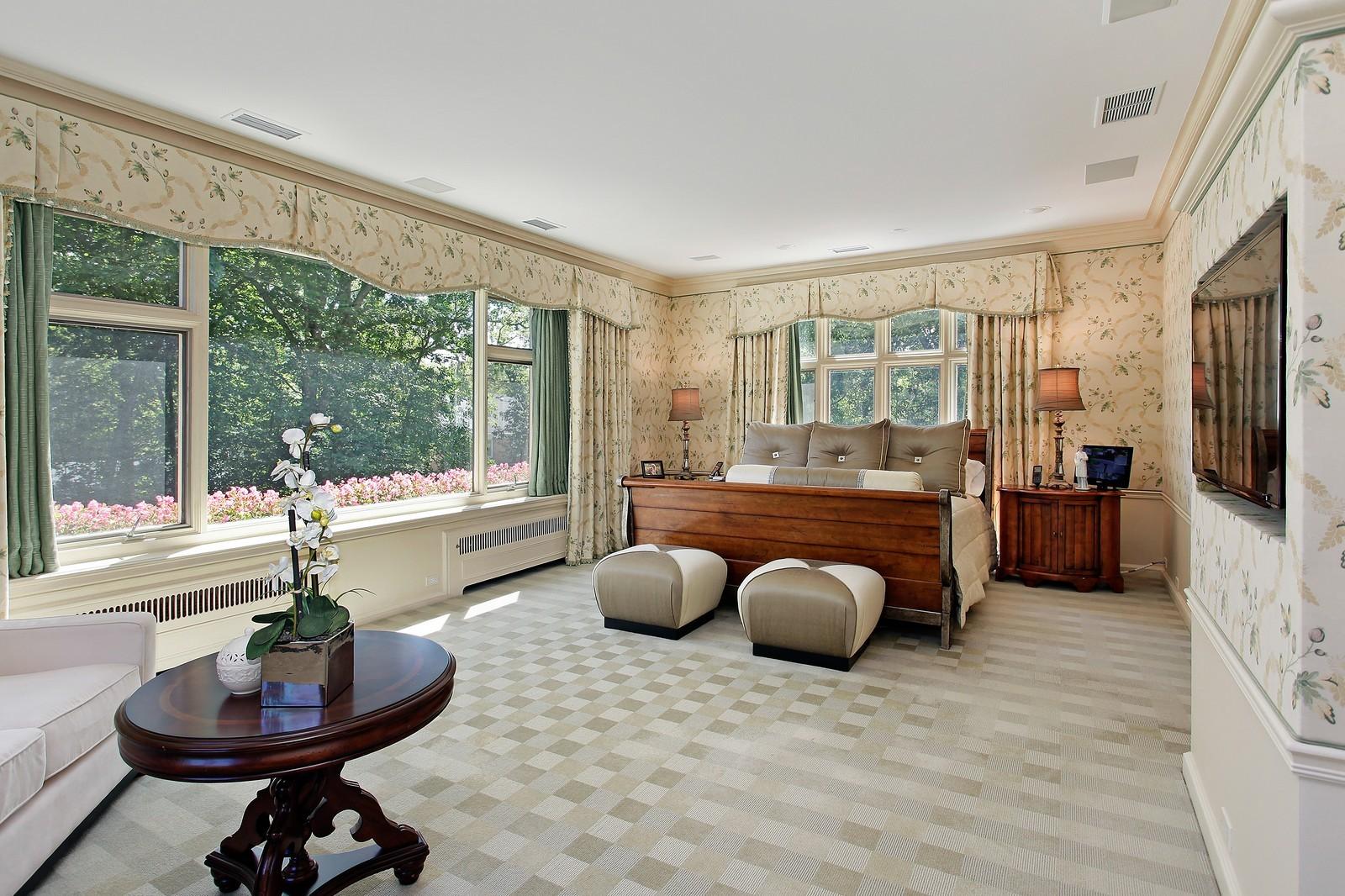 Real Estate Photography - 443 Sheridan Rd, Glencoe, IL, 60022 - Master Bedroom