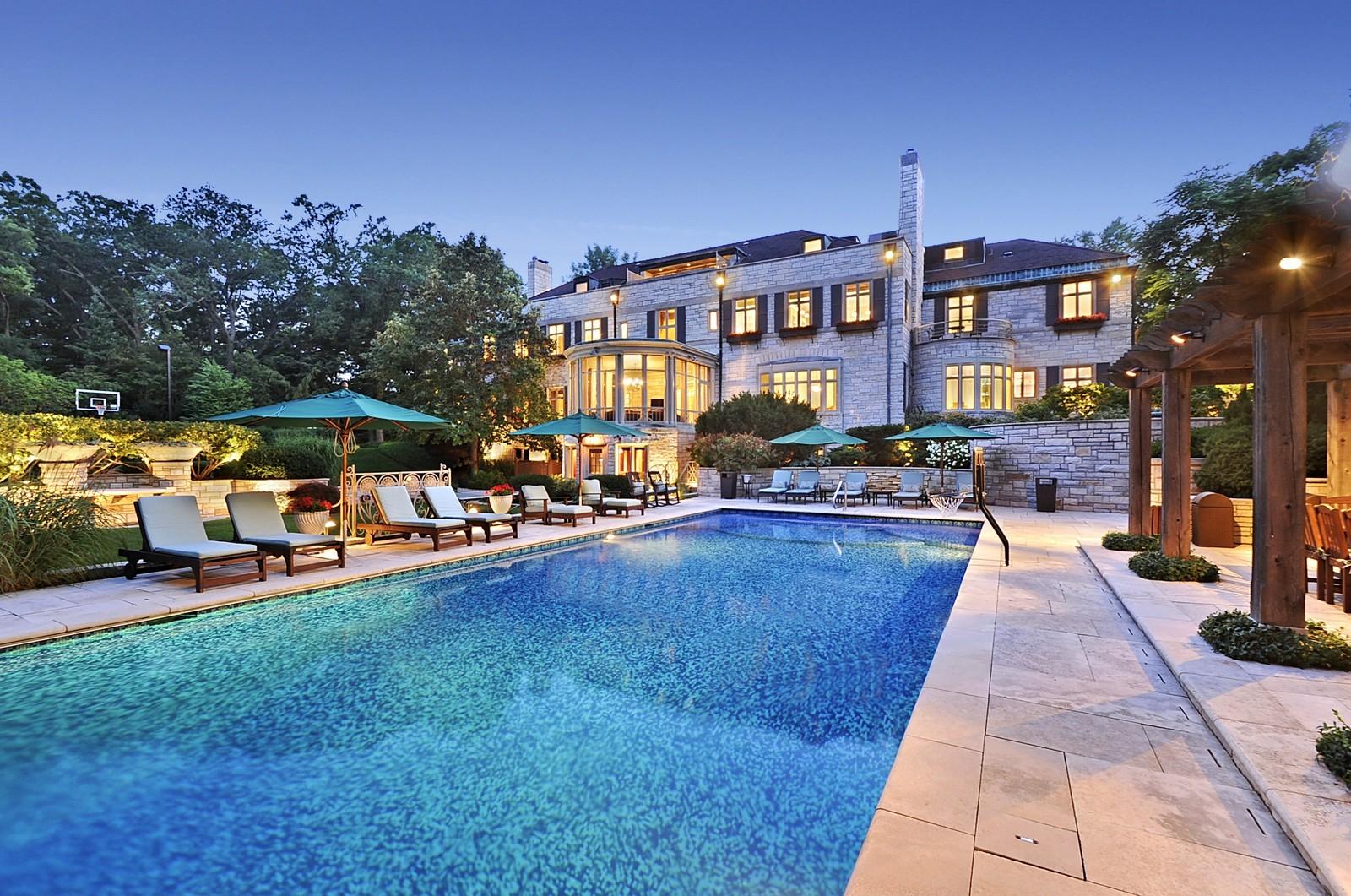 Real Estate Photography - 443 Sheridan Rd, Glencoe, IL, 60022 - Pool