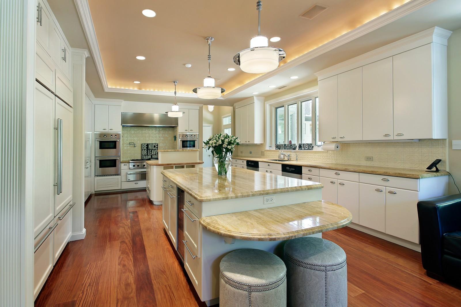 Real Estate Photography - 443 Sheridan Rd, Glencoe, IL, 60022 - Kitchen