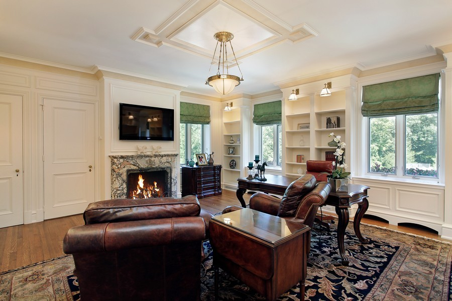 Real Estate Photography - 443 Sheridan Rd, Glencoe, IL, 60022 - 2nd Floor Office