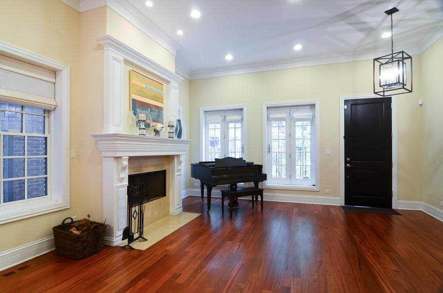 Real Estate Photography - 1627 N. Bell, Chicago, IL, 60647 - Living Room