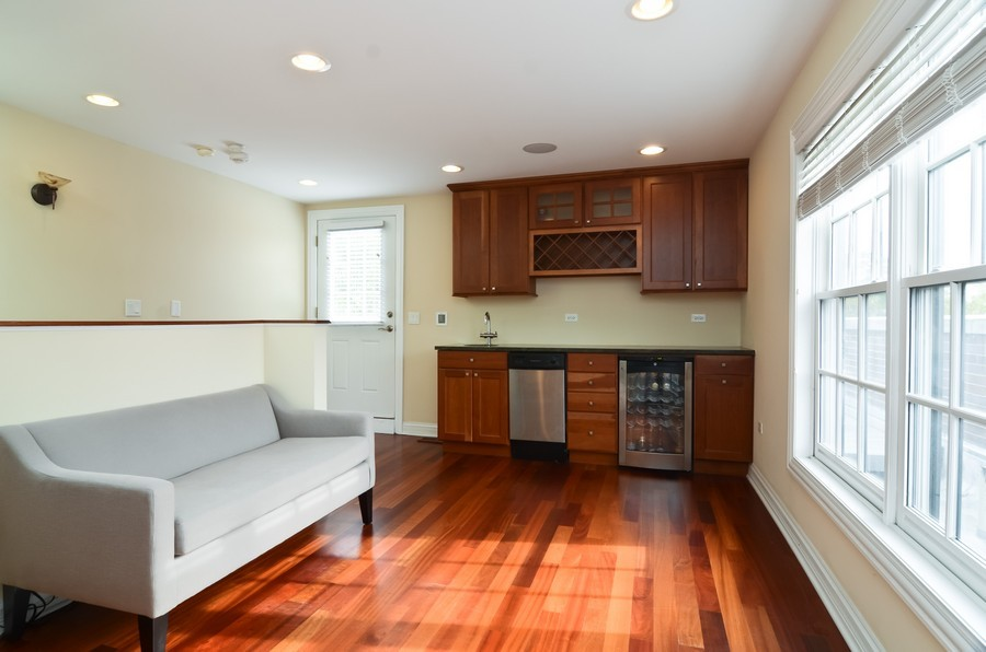 Real Estate Photography - 1627 N. Bell, Chicago, IL, 60647 - Bar