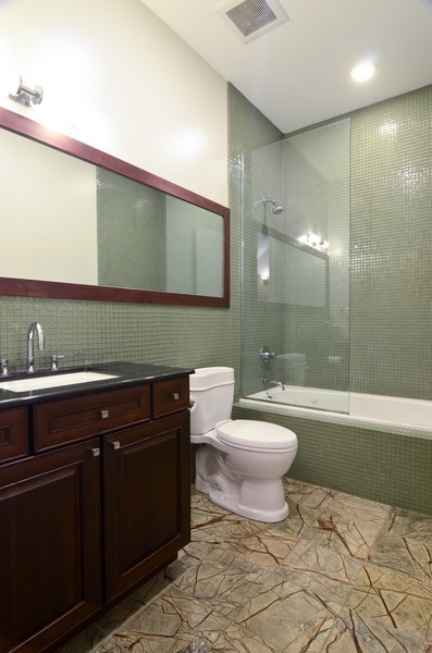 Real Estate Photography - 1627 N. Bell, Chicago, IL, 60647 - 2nd Bathroom