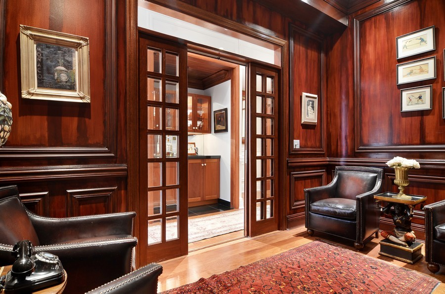 Real Estate Photography - 59 W Schiller, Chicago, IL, 60610 - Bar
