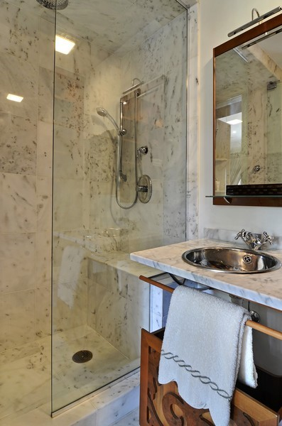 Real Estate Photography - 59 W Schiller, Chicago, IL, 60610 - 2nd Bathroom