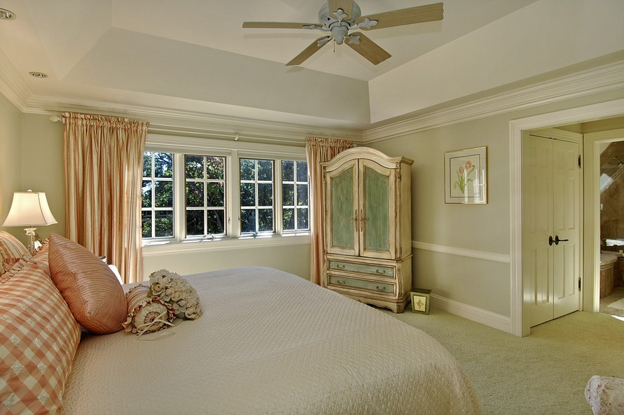 Real Estate Photography - 405 Blackberry, Bull Valley, IL, 60098 - Guest Bedroom
