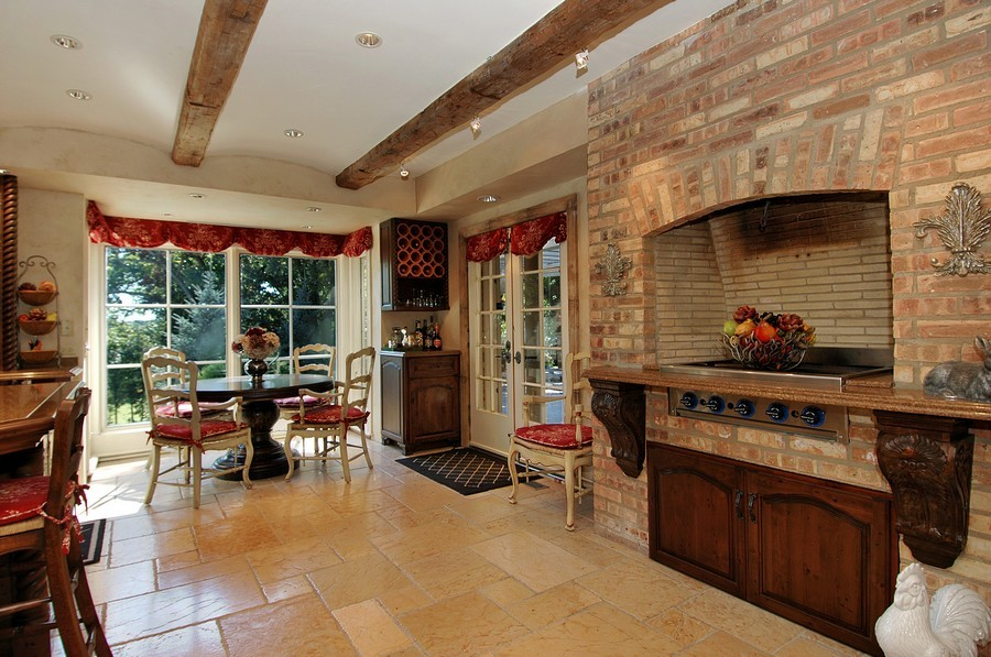 Real Estate Photography - 405 Blackberry, Bull Valley, IL, 60098 - Dining Area