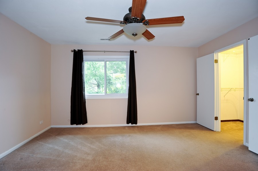Real Estate Photography - 29W431 Emerald Green, Unit F, Warrenville, IL, 60555 - Master Bedroom