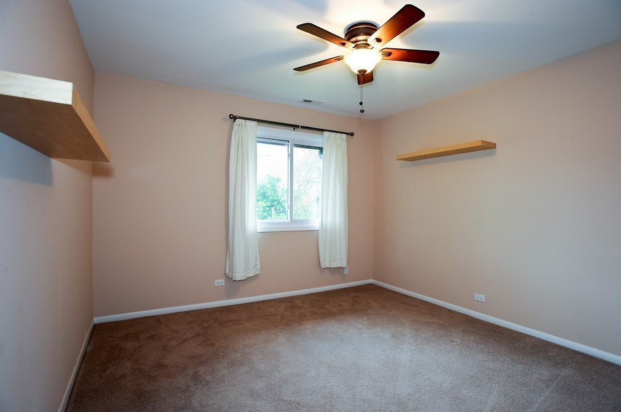 Real Estate Photography - 29W431 Emerald Green, Unit F, Warrenville, IL, 60555 - Bedroom