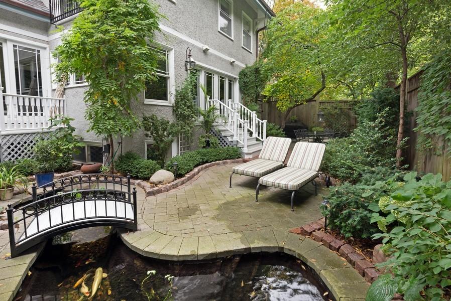 Real Estate Photography - 715 W Hutchinson, Chicago, IL, 60613 - Location 1