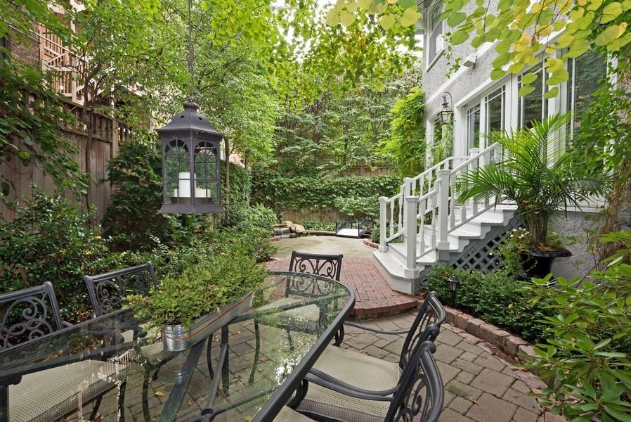 Real Estate Photography - 715 W Hutchinson, Chicago, IL, 60613 - Location 2