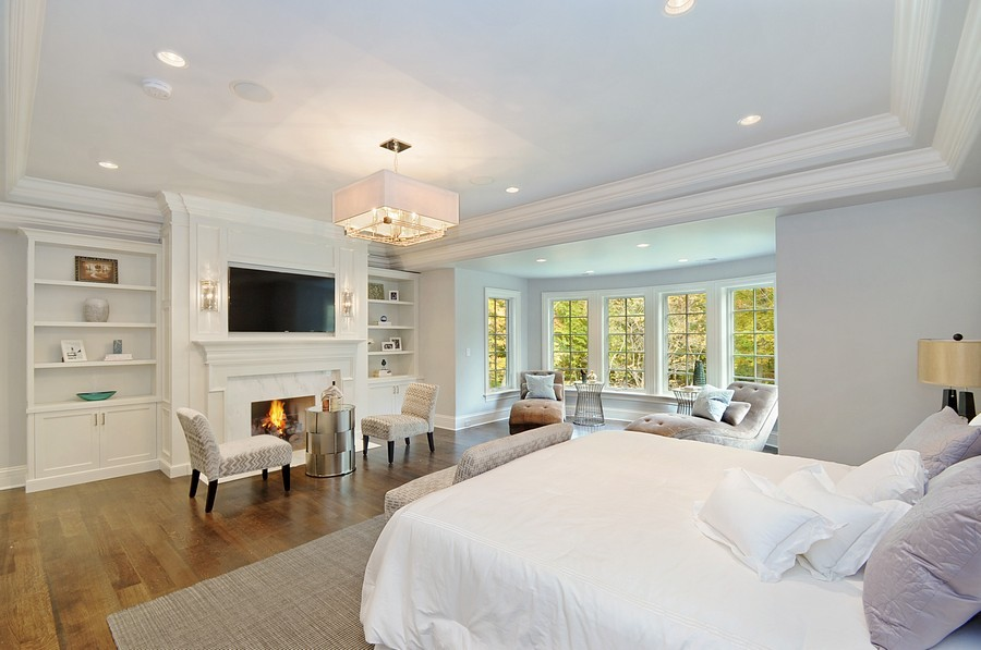 Real Estate Photography - 561 Circle Ln, Lake Forest, IL, 60045 - Master Bedroom