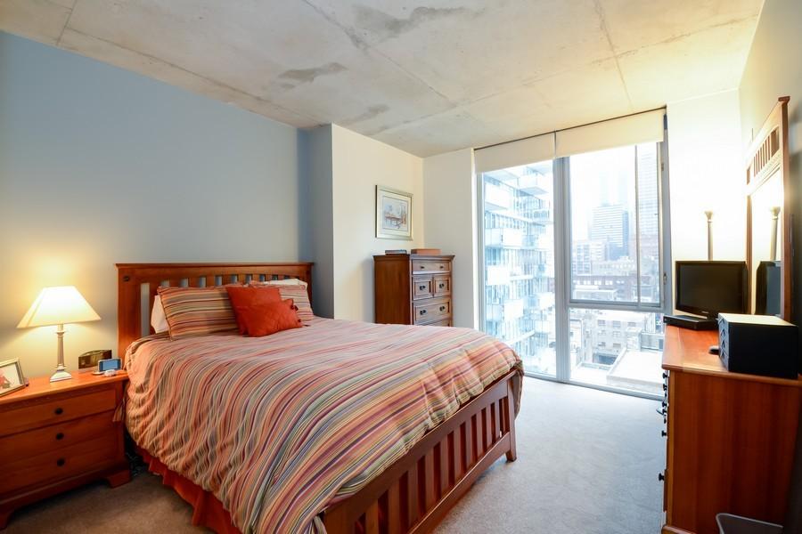 Real Estate Photography - 659 W Randolf, Unit 1014, Chicago, IL, 60661 - Master Bedroom
