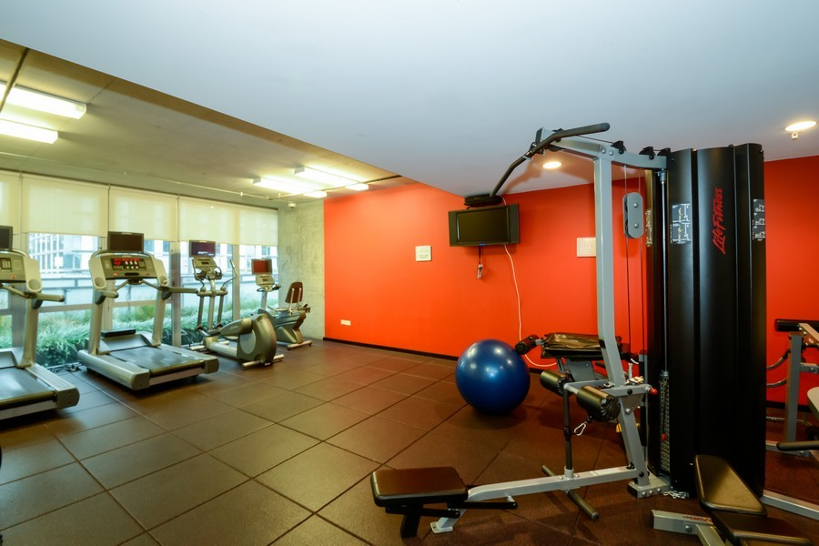 Real Estate Photography - 659 W Randolf, Unit 1014, Chicago, IL, 60661 - Fitness Room