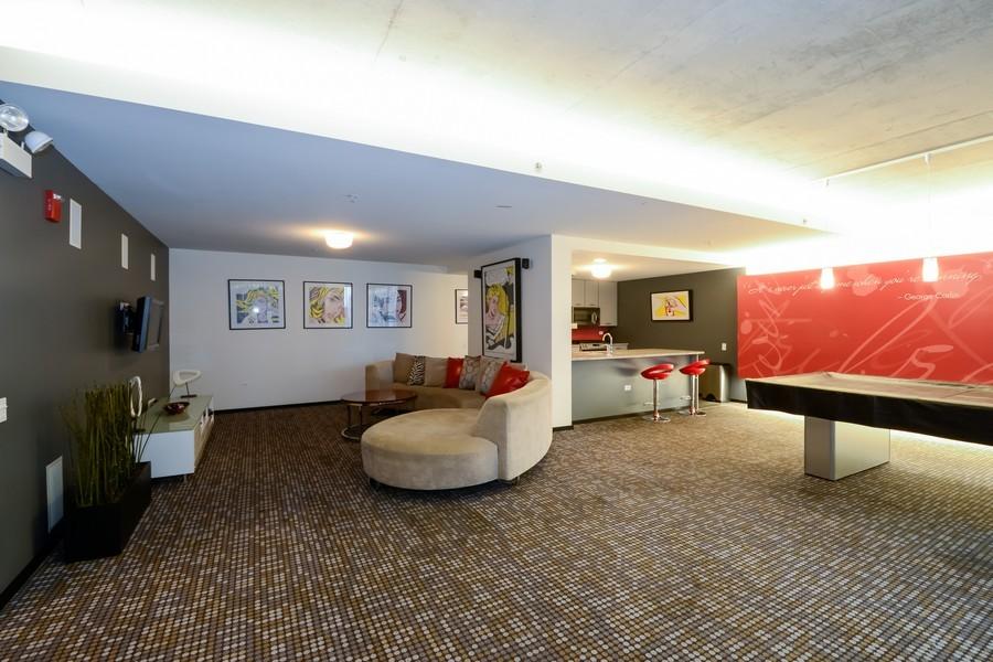Real Estate Photography - 659 W Randolf, Unit 1014, Chicago, IL, 60661 - Recreational Area