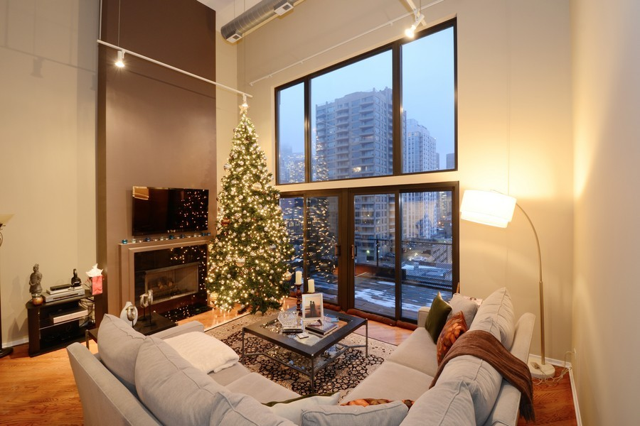Real Estate Photography - 616 W Fulton, Unit 713, Chicago, IL, 60661 - Living Room