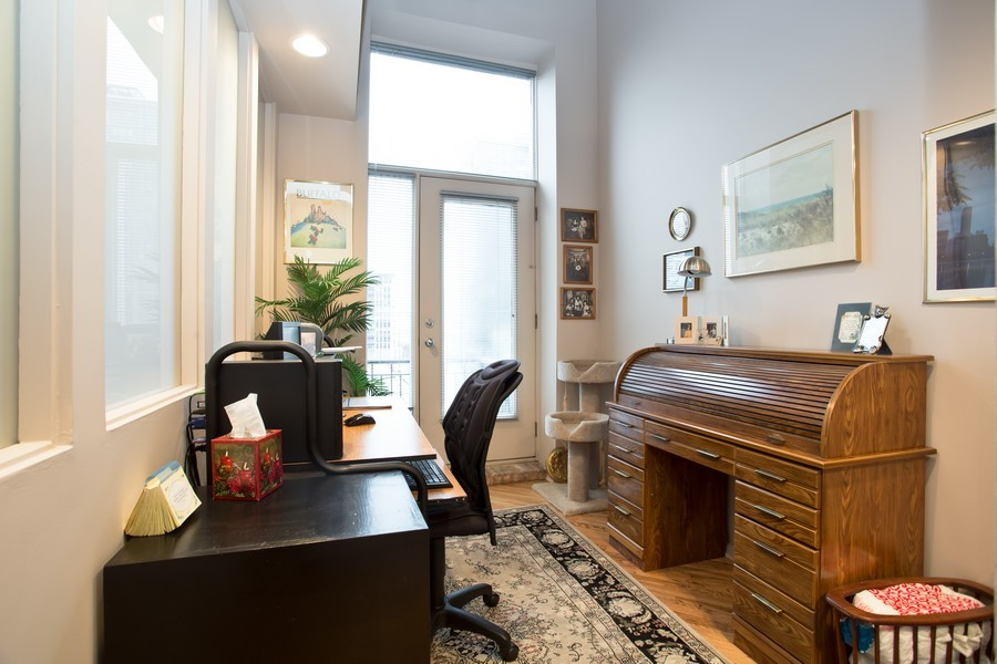 Real Estate Photography - 616 W Fulton, Unit 609, Chicago, IL, 60661 - Office