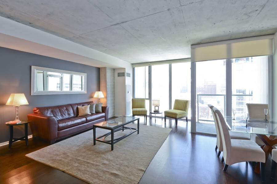 Real Estate Photography - 659 W Randolph, Unit 1415, Chicago, IL, 60661 - Living Room / Dining Room
