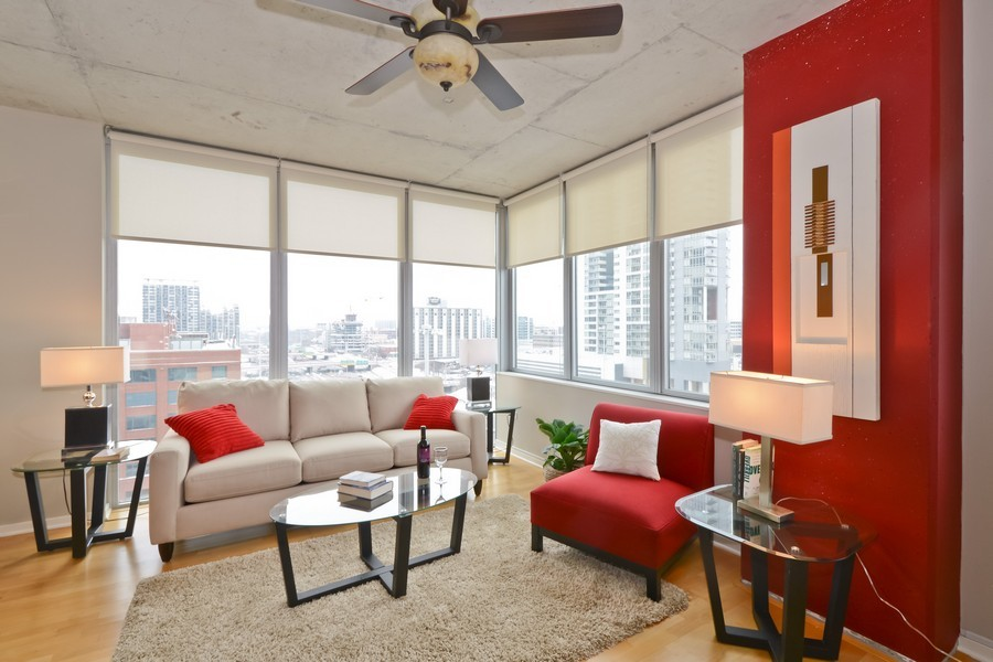 Real Estate Photography - 659 W Randolph, Unit 1013, Chicago, IL, 60661 - Living Room