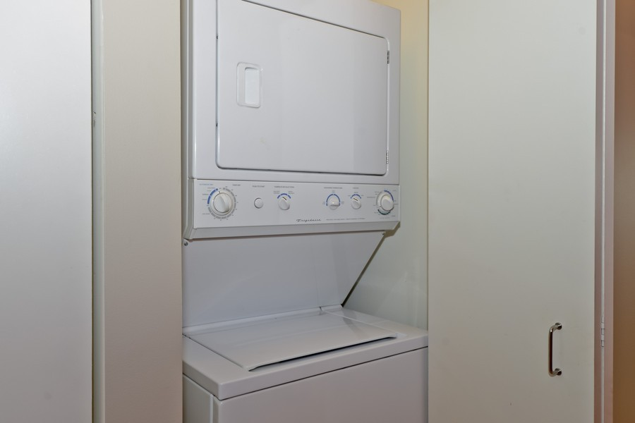 Real Estate Photography - 659 W Randolph, Unit 1013, Chicago, IL, 60661 - Laundry Room
